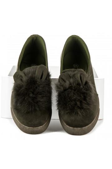 Eko zomšos tamsiai žali žaismingi Slip On batai su kailiuku ir ausytėmis S26OL