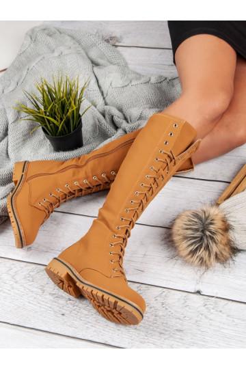 Suvarstomi moteriški ilgaauliai batai NC132C