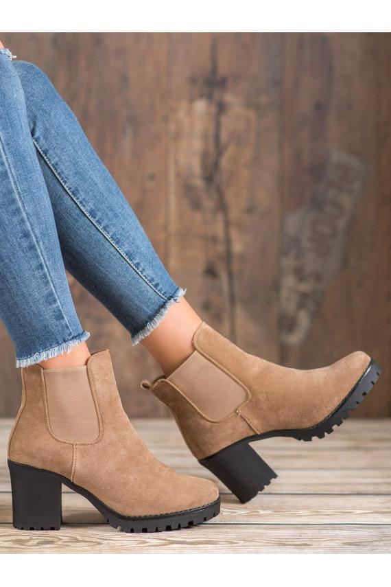 stilingi batai su kulniukais B3000KH